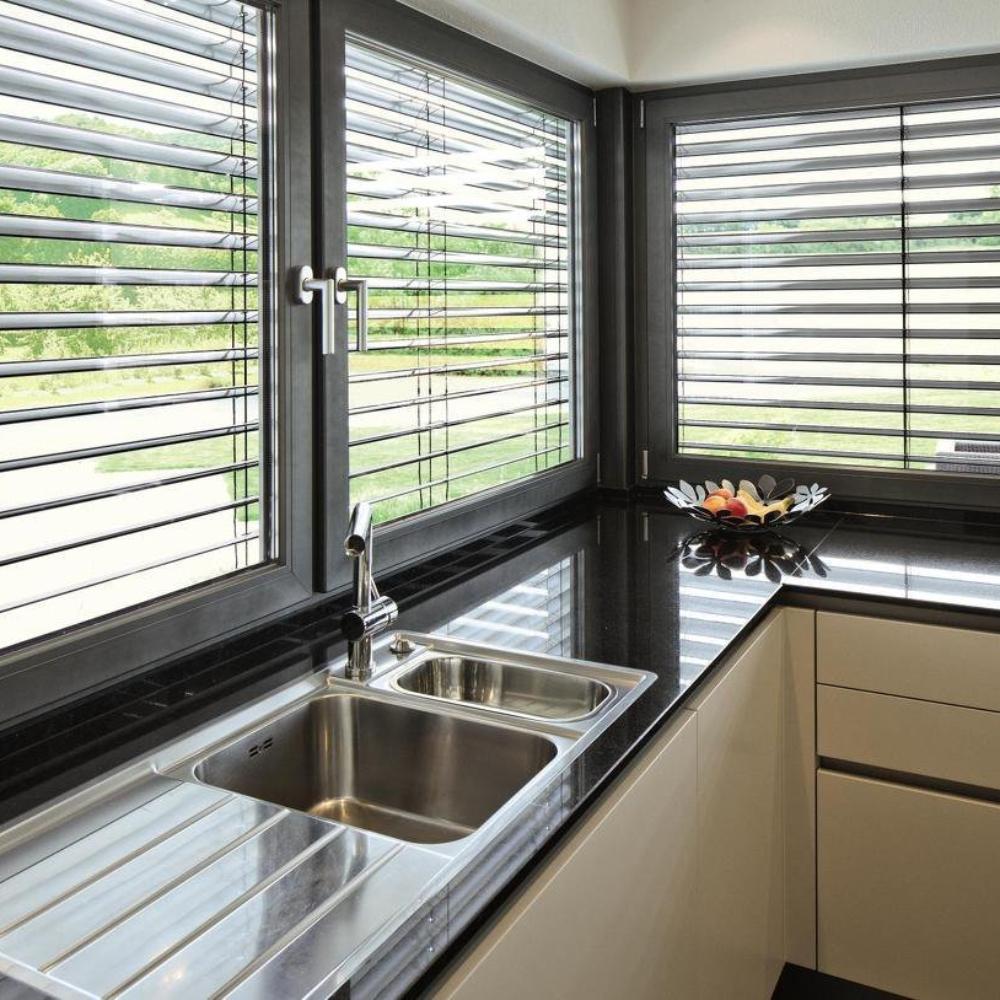 Außen FE MON GmbH Fenster Türen Sonnenschutz Inning